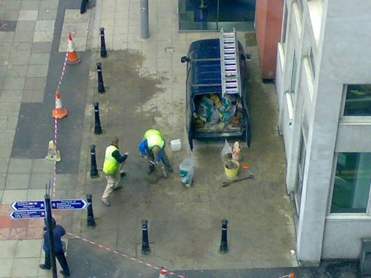 constructionworkers.jpg