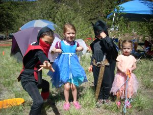 kidlets in costume